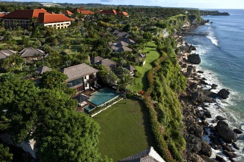 LuxeGetaways - Luxury Travel - Luxury Travel Magazine - Luxe Getaways - Luxury Lifestyle - Luxury Villa Rentals - Affluent Travel - The Villas at AYANA - Jimbaran - aerial view