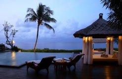 LuxeGetaways - Luxury Travel - Luxury Travel Magazine - Luxe Getaways - Luxury Lifestyle - Luxury Villa Rentals - Affluent Travel - The Villas at AYANA - Jimbaran - Cabana at Sunset