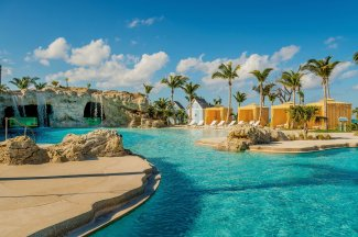 LuxeGetaways - 25 Poolside Experiences - Luxury Hotel Pools - Grand Hyatt Baha Mar - BlueHole Pool