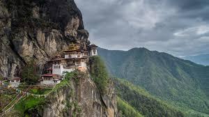 LuxeGetaways - Luxury Travel - Luxury Travel Magazine - Luxe Getaways - Luxury Lifestyle - Exotic Voyages - Luxury Travel Trips - Bhutan - Cliffside