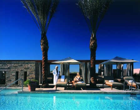 LuxeGetaways - 25 Poolside Experiences - Luxury Hotel Pools - Fairmont Scottsdale Princess - luxury arizona hotel pool - Fairmont Hotels and Resorts