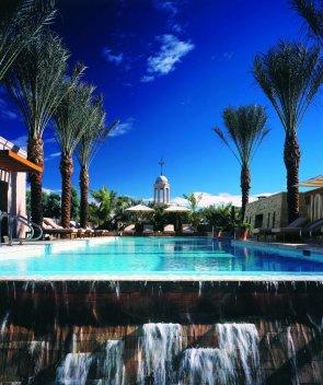 LuxeGetaways - 25 Poolside Experiences - Luxury Hotel Pools - Fairmont Scottsdale Princess - Arizona Pools - Rooftop Pool