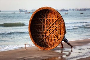 LuxeGetaways - Luxury Travel - Luxury Travel Magazine - Luxe Getaways - Luxury Lifestyle - Exotic Voyages - Luxury Travel Trips - Vietnam - Beach