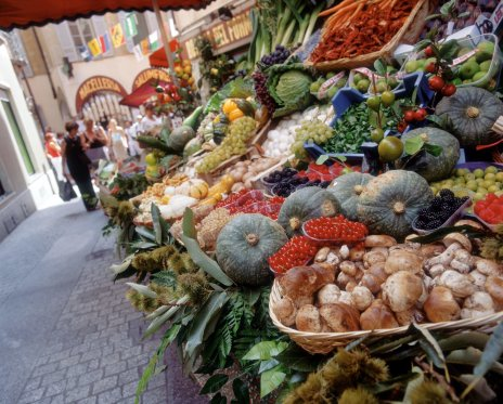 LuxeGetaways - Luxury Travel - Luxury Travel Magazine - Luxe Getaways - Luxury Lifestyle - Alpenwild Tours - Swiss Culinary Tours - Switzerland Foodie - Italy Inspired Culinary Tour - Food Markets Italy