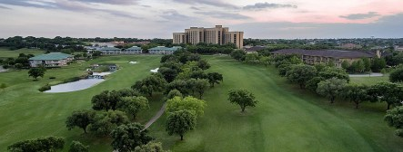 LuxeGetaways - Luxury Travel - Luxury Travel Magazine - Luxe Getaways - Luxury Lifestyle - 18 Nighttime Travel Experiences - Hotel Nighttime Experiences - Four Seasons Dallas golf