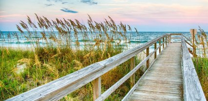 LuxeGetaways - Luxury Travel - Luxury Travel Magazine - Luxe Getaways - Luxury Lifestyle - Timbers Resorts - Timbers Kiawah - Timbers Kiawah Ocean Club and Residences - Charleston - Pier and beach