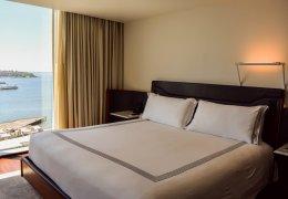 LuxeGetaways - Luxury Travel - Luxury Travel Magazine - Luxe Getaways - Luxury Lifestyle - Catherine Maisonneuve - Seattle Washington, Seattle Hotels - Thompson Seattle