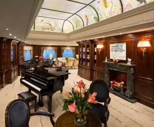 LuxeGetaways - Luxury Travel - Luxury Travel Magazine - Luxe Getaways - Luxury Lifestyle - Fall/Winter 2017 Magazine Issue - Digital Magazine - Travel Magazine - Azamara Club Cruises, Landlopers, Azamara, Cruise, Cruises - Matt Long