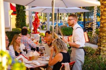 LuxeGetaways - Luxury Travel - Luxury Travel Magazine - Luxe Getaways - Luxury Lifestyle - Naples Florida - Tiburon - Ritz-Carlton Naples