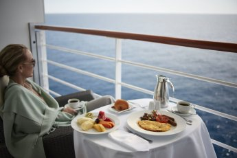 LuxeGetaways - Luxury Travel - Luxury Travel Magazine - Luxe Getaways - Luxury Lifestyle - Oceania Cruises - Luxury Cruises - Spa