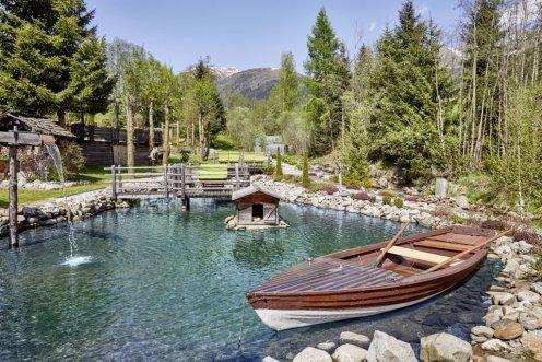 LuxeGetaways - Luxury Travel - Luxury Travel Magazine - Luxe Getaways - Luxury Lifestyle - Hotel Quelle - Italy - Luxury Hotel Italy