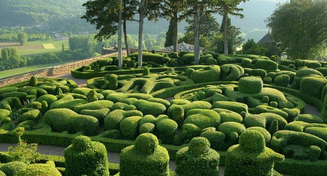 Château de Marqueyssac, France ??? Romantic Rendezvous with Nature