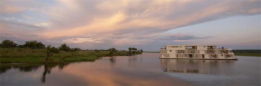 Luxury African Safari Zambezi Queen Riverboat