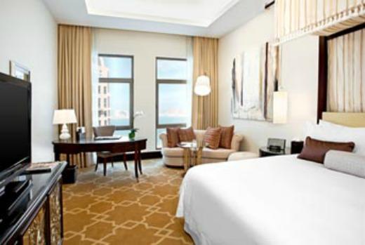 St Regis Diha luxury hotel photo