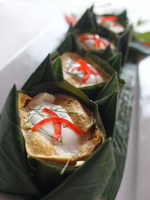 Taste of Royal Thai Cuisine Baan Rim Pa 6