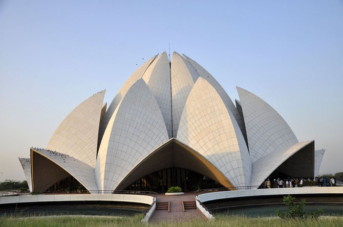 Top 10 Magnificent Temples in Asia Lotus Temple New Delhi India