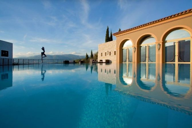 World Class Hotels in Cannes Le Mas Candille 1