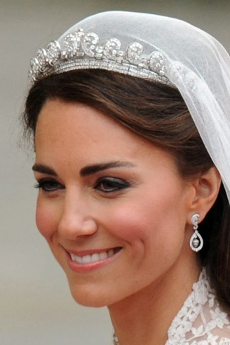 Kate Middleton in Cartier Crown - courtesy of antiquejewelryinvestor.com