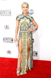 Julianne Hough in Naeem Khan - Kevin Mazur - Wire Image