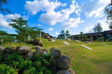 slate-resort-grounds-courtesy-of-theslatephuket-com-the-luxe-lookbook