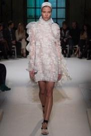 giambattista-valli-spring17-couture-yannis-vlamos-indigital-the-luxe-lookbook5