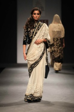 Vineet Bahl FW 2013 Collection 9