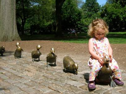 Bronze sculptures of the starts of Robert McCloskey's Make Way For Ducklings