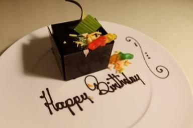 Four Seasons Orlando Birthday Cakes