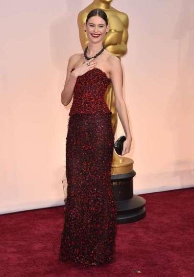 ...cô được đánh giá là một trong các khách mời ăn mặc đẹp nhất sự kiện