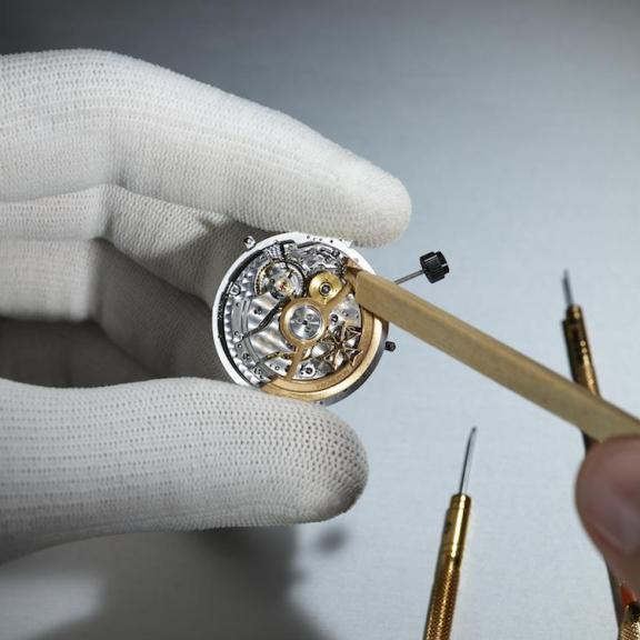 One-Of-A-Kind Vacheron Constantin Les Cabinotiers Watch Is up for Auction at the Louvre Museum