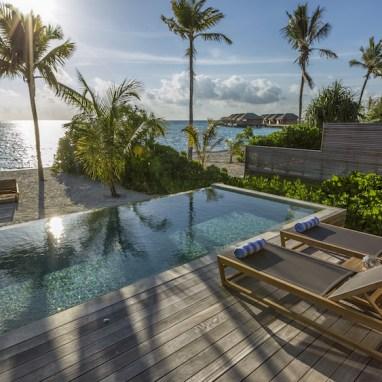 LuxExpose Hurawalhi_Island_Resort_7