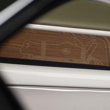 LuxExpose Rolls-Royce_Phantom_Oribe_11