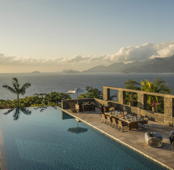 Four Seasons Hotels and Resorts Unveils Safari and Islands Collection