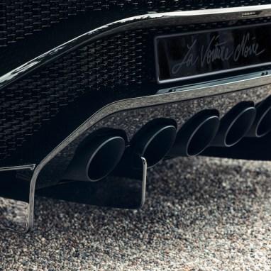 LuxExpose_la-voiture-noire_final_car_10