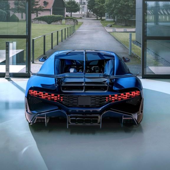 Final Bugatti Divo Hypercar Leaves the Atelier in Molsheim