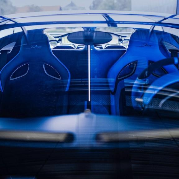 LuxExpose Bugatti_Divo_Final_6