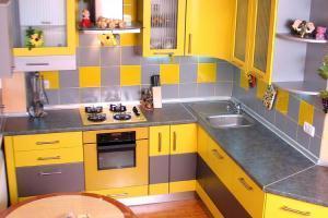 дизайн кухни 9 кв м в панельном доме 2