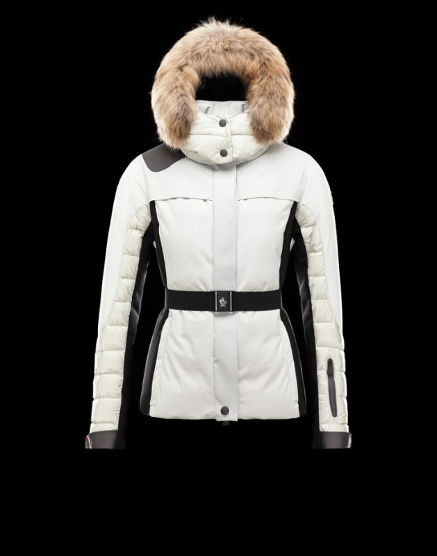 12980cdd4 MONCLER LUXURY SKI APPAREL COLLECTION