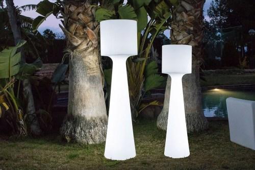 new garden grace outdoor light 2