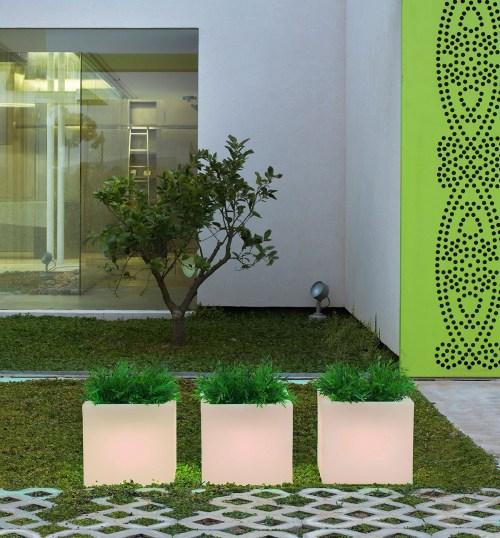 new garden narciso outdoor light 3