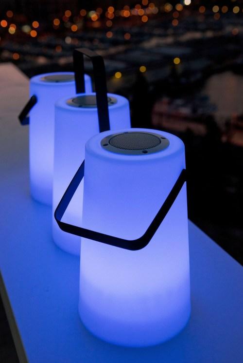 new garden nomada play speaker light 8