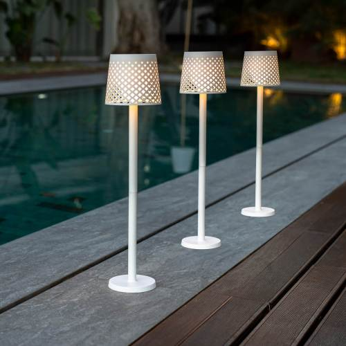 greta outdoor light 4