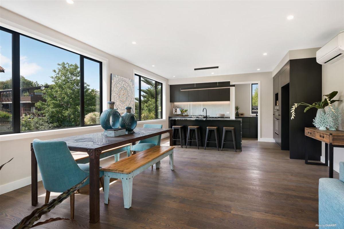 Relaxed Luxury Coastal Living New Zealand Luxury Homes