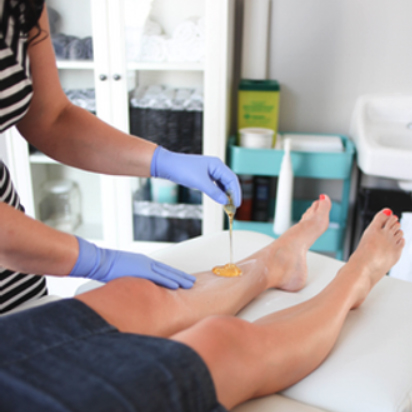 Body sugaring training class showing hair removal course.