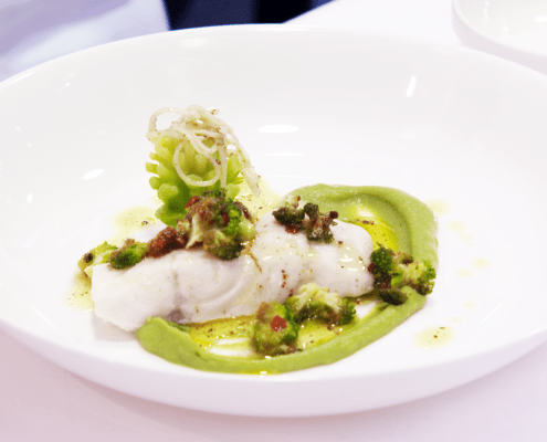 Rezept Schloss Elmau Wolfsbarsch an Broccoli mit rotem Pfeffer