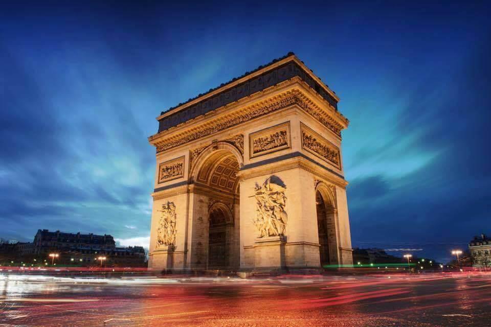 Arc de Triomphe, Parris, France - Luxuria Tours & Events