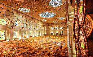 Shiek Zayed Mosque - By Husam Taj Eddin - Luxuria Tours & Events