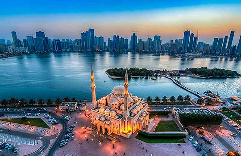 Sharjah Mosque - Luxuria Tours & Events