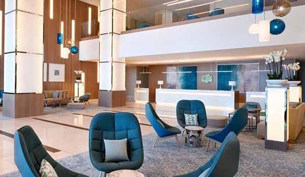 Holiday Inn Dubai Festival City, Lobby - Luxuria Tours & Events