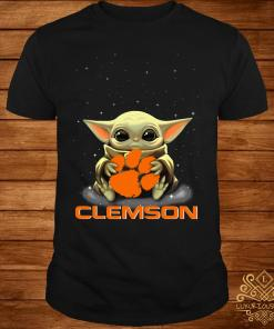 Star Wars Baby Yoda Hug Clemson Tigers Shirt